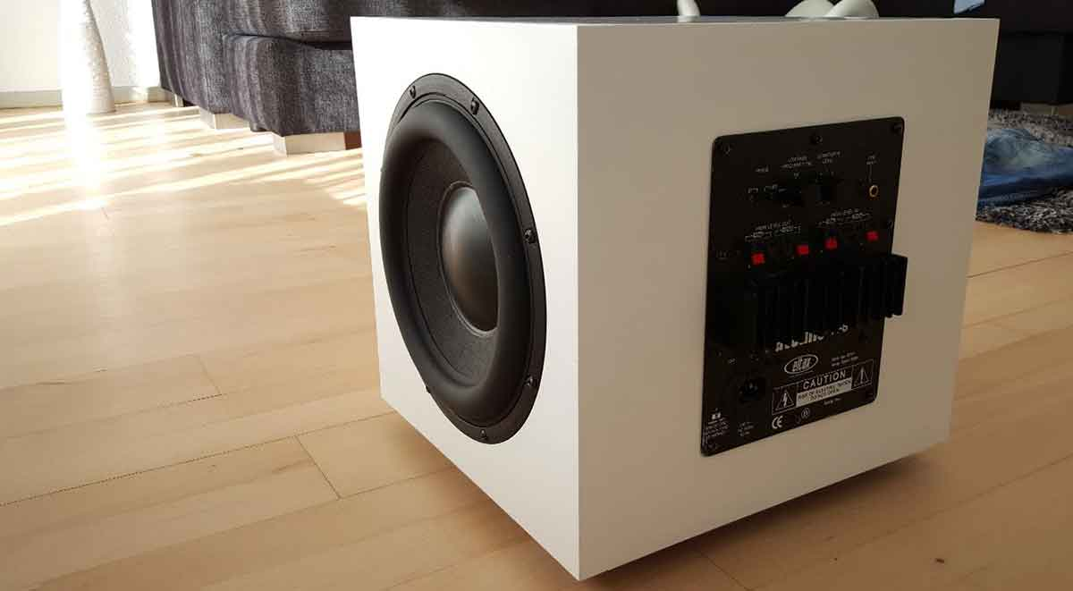 How to choose subwoofer