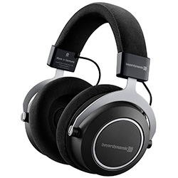 Compare Beyerdynamic Amiron Wireless