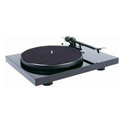 Compare Pro-Ject Debut III