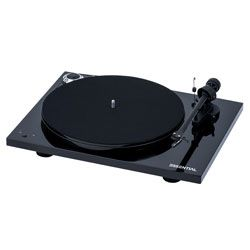 Compare Pro-Ject Essential III